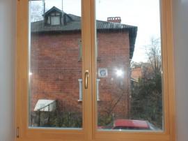 Деревянные окна на кухню